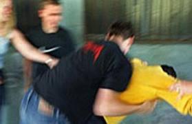 Torre del Greco, 13enne finisce con la gamba spezzata dopo una lite con cinque suoi coetanei.