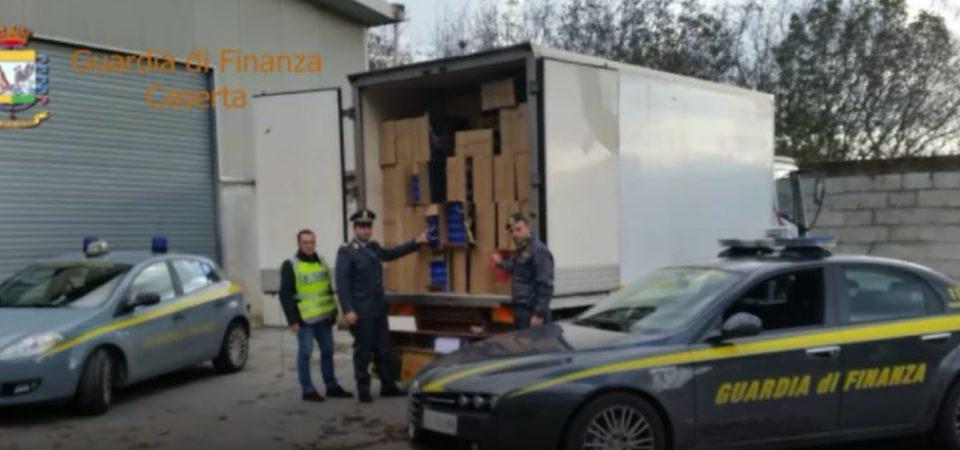 Aversa, ingente sequestro di sigarette. 80 tonnellate per un valore di 11 milioni di euro