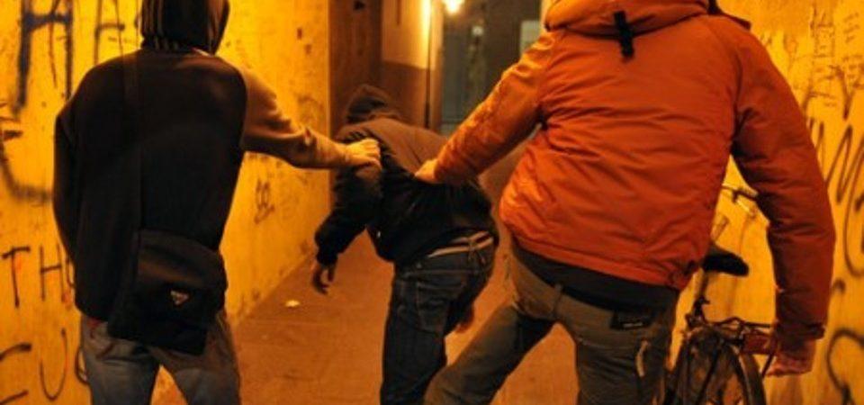 Saviano, rapinano  con destrezza una 73nne in bicicletta. Denunciati tre minori, due 14enni ed un 13enne. E' allarme sociale
