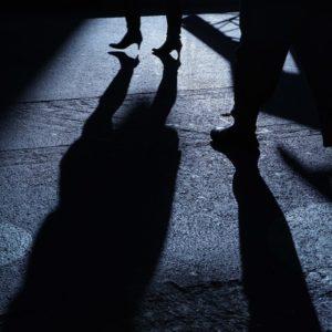 Pozzuoli, separati da quattro anni marito geloso perseguita e minaccia l'ex moglie. Sempre più donne vittime di violenze