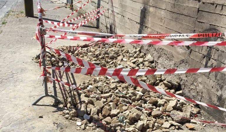 Grumo Nevano, recintata la zona di rimozione dei molok. L'amministrazione si muove solo dopo la denuncia mediatica